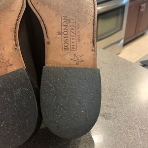 Bostonian Shoes - Bostonian Suede Leather Loafers w Tassels